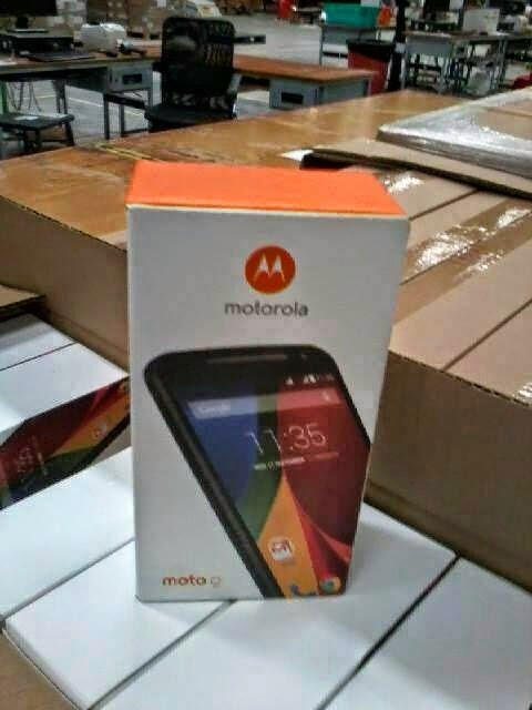 The Motorola Moto G2 in its retail box - And here's a photo of the Motorola Moto G2 retail box
