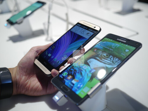 Samsung Galaxy Note 4 vs HTC One (M8): first look