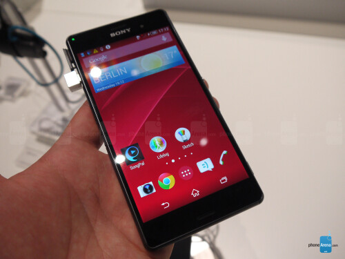 Xperia Z3 in black