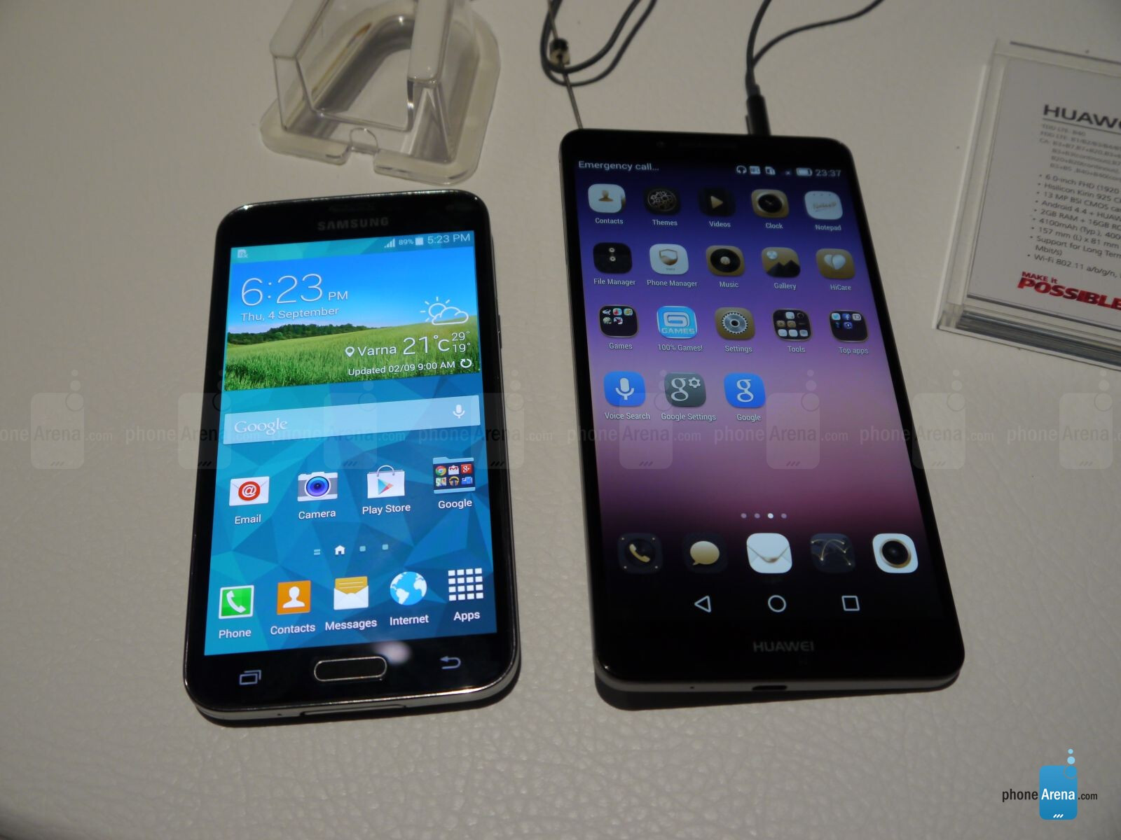 huawei ascend mate 7 vs samsung galaxy s5 first look phonearena reviews. Black Bedroom Furniture Sets. Home Design Ideas