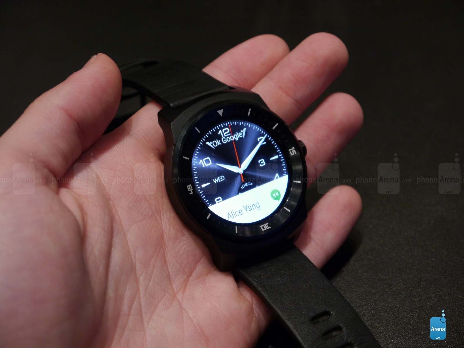LG G Watch R hands-on: circular Android Wear magic ...