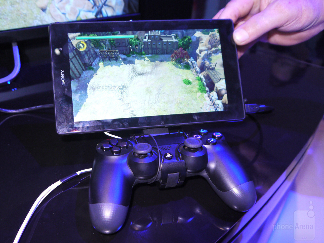 Watch us play a PlayStation 4 game on an Xperia Z3 Tablet ...