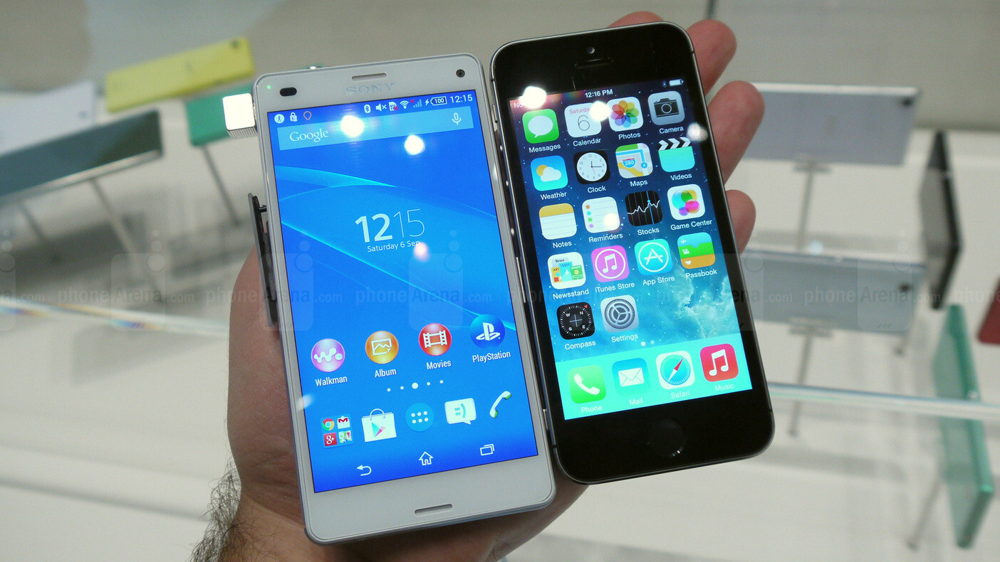 sony xperia z3 compact vs apple iphone 5s first look. Black Bedroom Furniture Sets. Home Design Ideas
