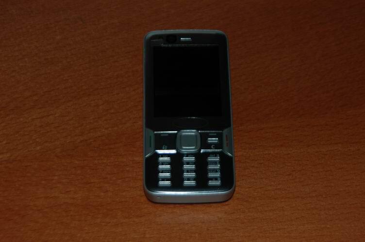 Nokia N82 - Spy photos of Nokia N82