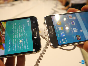 Samsung Galaxy Alpha vs Samsung Galaxy S5: first look