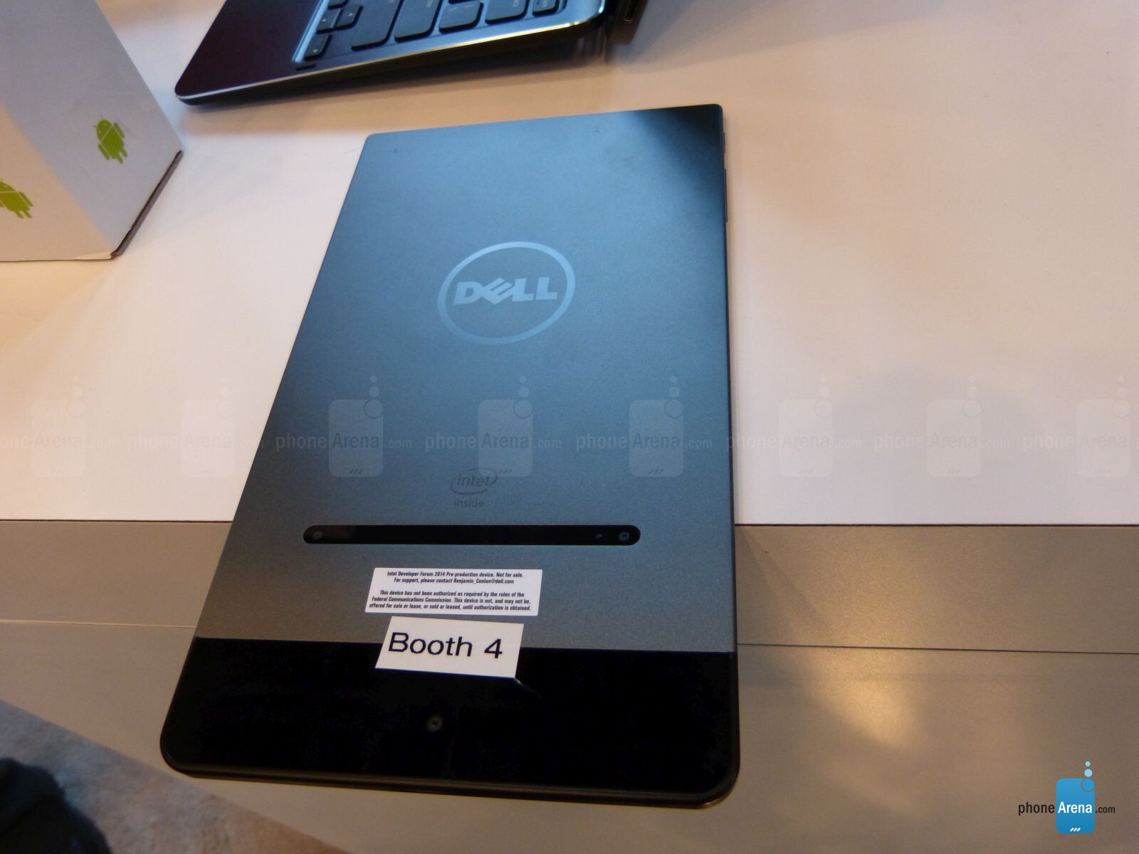 The Dell Venue 8 7000 Series tablet up close