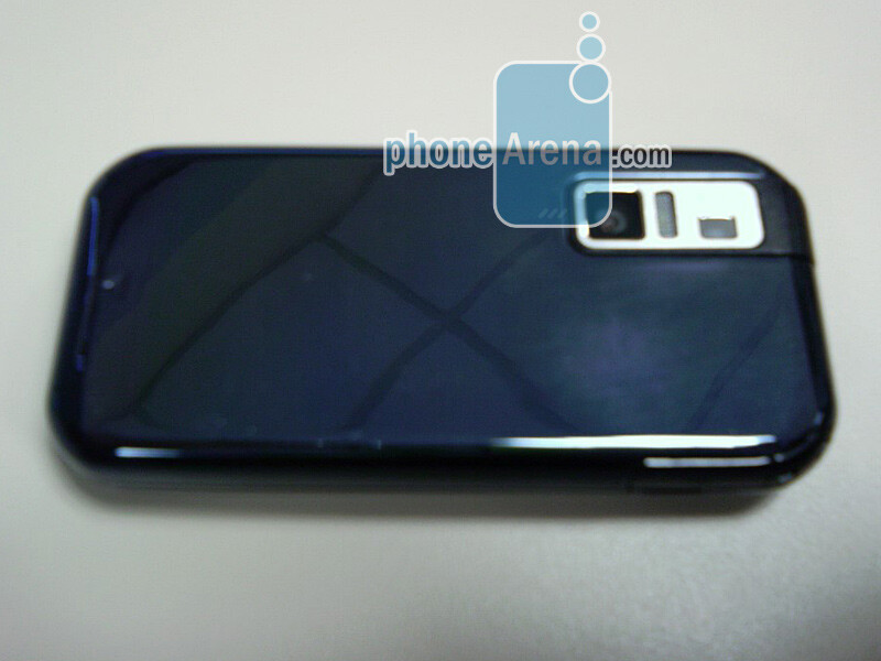 Exclusive Samsung U940 Images and Screenshots!