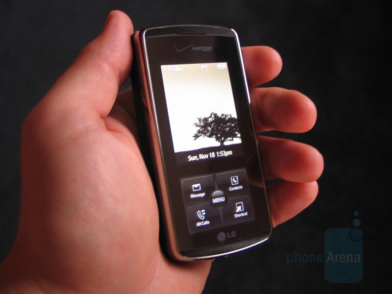 In Hand - Hands-on with LG Venus