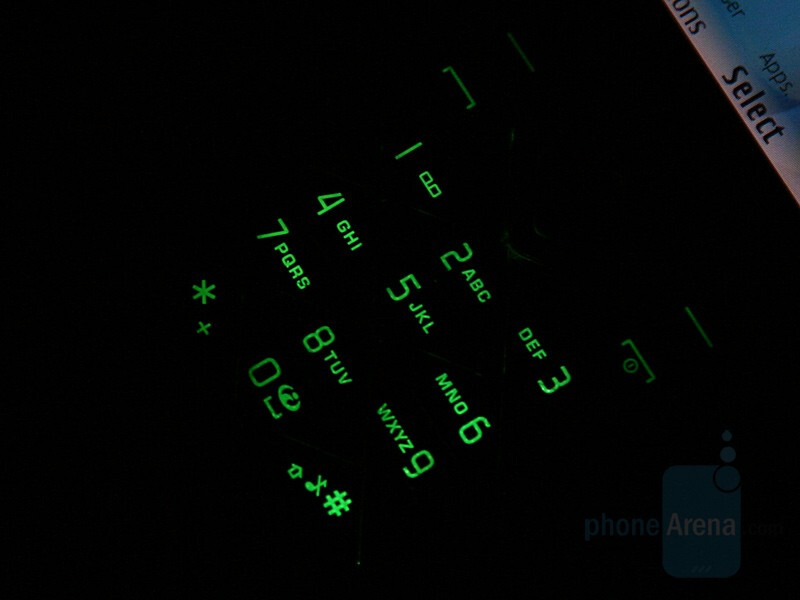 Keypad - Color options - Hands on with Nokia 7900 Prism
