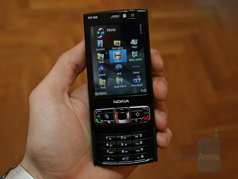 Nokia On Reviews N95 - Hands 8gb With Phonearena