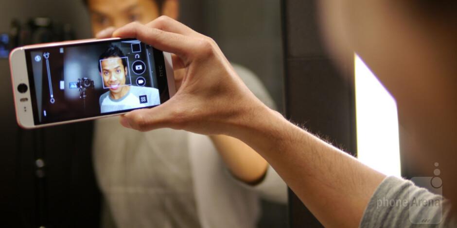 HTC Desire EYE hands-on