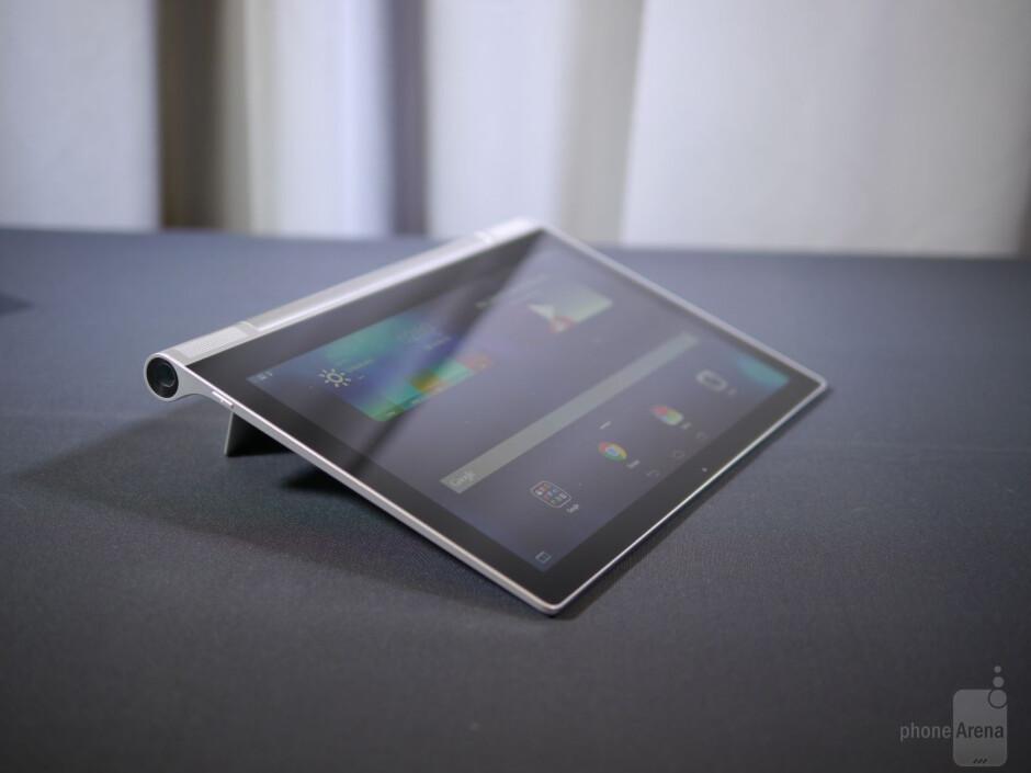 Lenovo YOGA Tablet 2 Pro hands-on