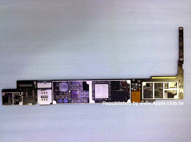 Logic Board with A8 chip and 2GB of RAM