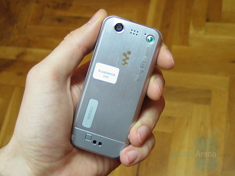 Hands-on with Sony Ericsson W890
