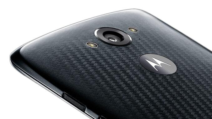 Motorola DROID Turbo vs Samsung Galaxy Note 4: in-depth specs comparison
