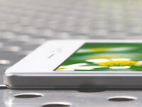 Oppo-R5---the-thinnest-phone-in-the-world-4-3