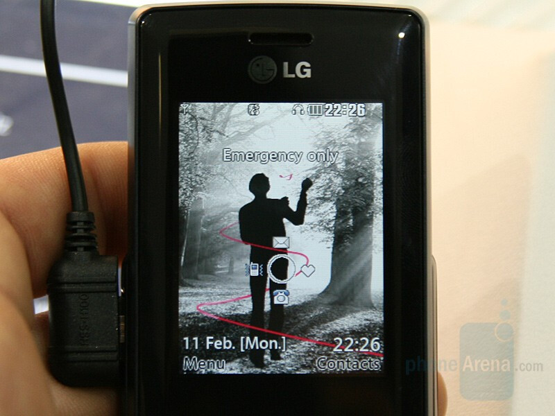 KM500 - A slew of new phones from LG