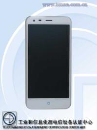 ZTE-Q7-iPhone-6-Plus-01