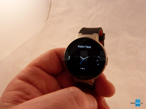 Alcatel OneTouch Watch hands-on