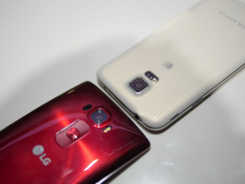 LG G Flex 2 vs Samsung Galaxy S