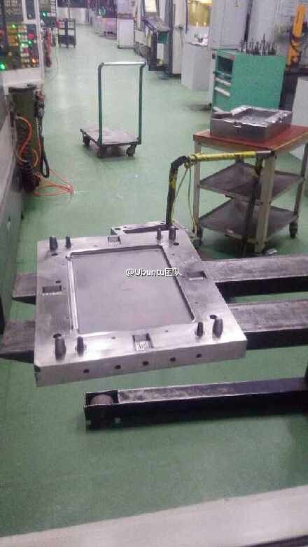 Apple iPad Pro manufacturing mold appears, hinting at a larger tablet