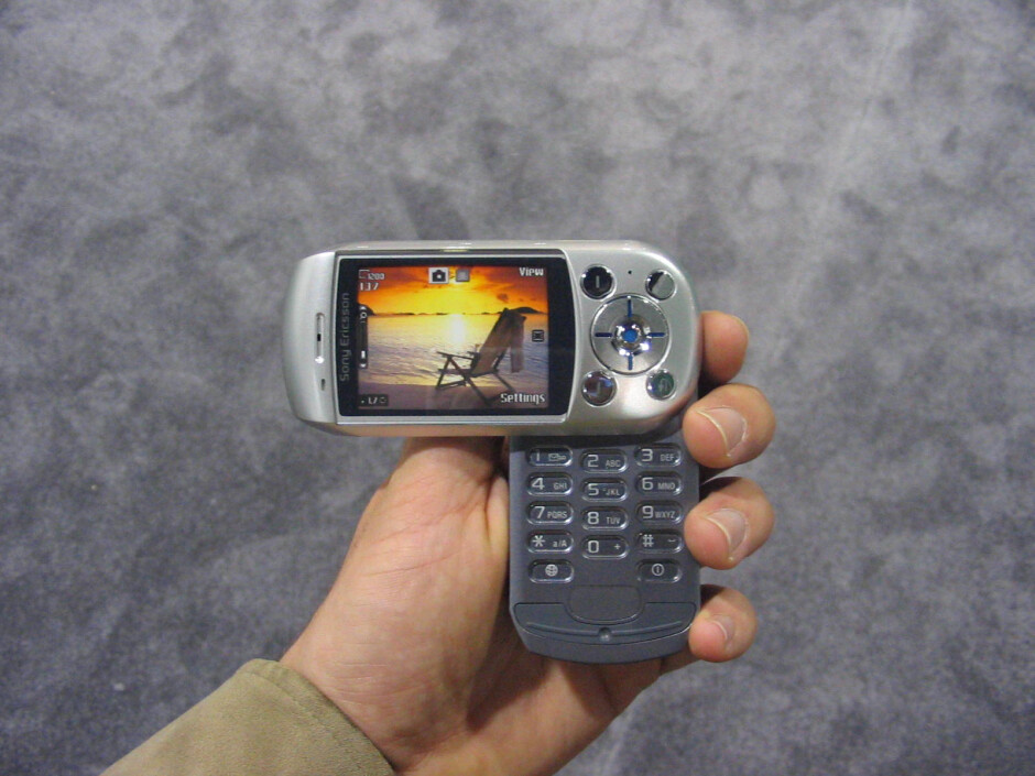 Best of What's New Award for Sony Ericsson S710a from Popular Science