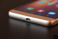 Huawei-Honor-6-Plus-gold-06