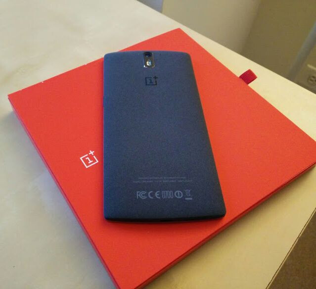 OnePlus One now shipping without Cyanogen branding