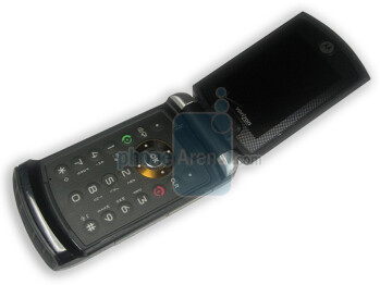 First images of Motorola V750 for Verizon