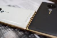 Lumia-830-Gold-19