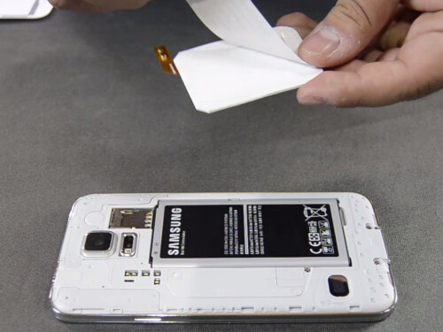 How to add wireless charging to your Android, iPhone, Windows, or BlackBerry smartphone - 2