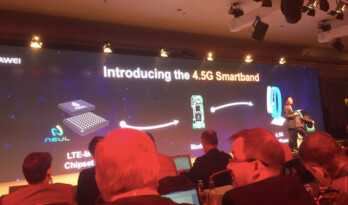 In London, Huawei introduces its new 4.5G smartband