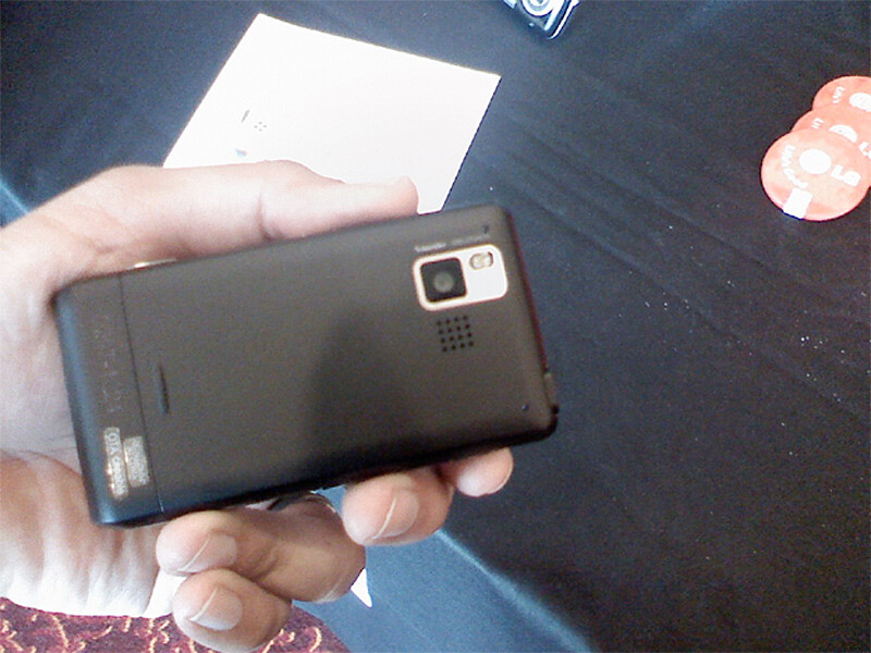 First Video and Live images of the LG Dare for Verizon