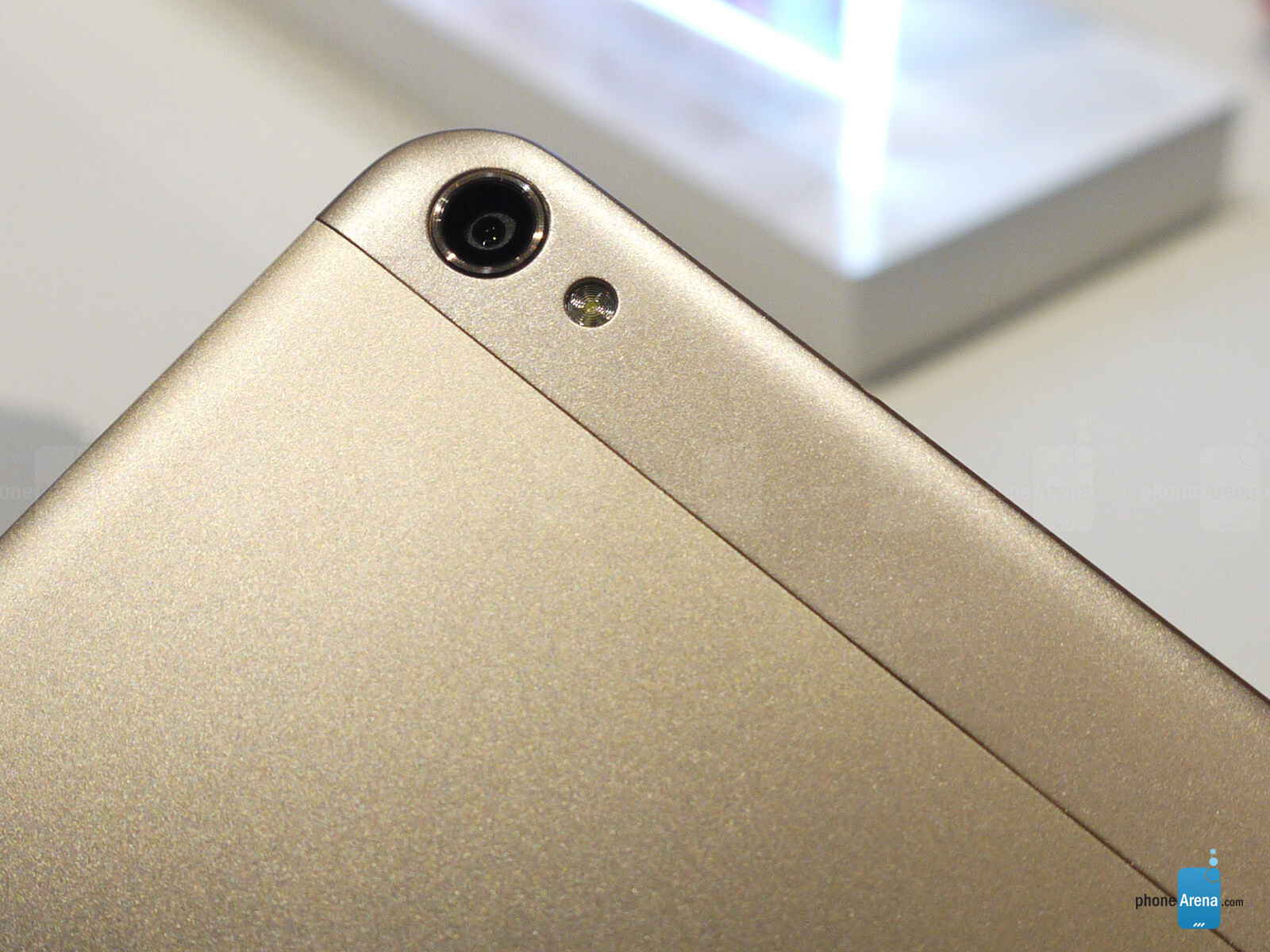 Huawei MediaPad X2 hands-on / IT news / Блоги о