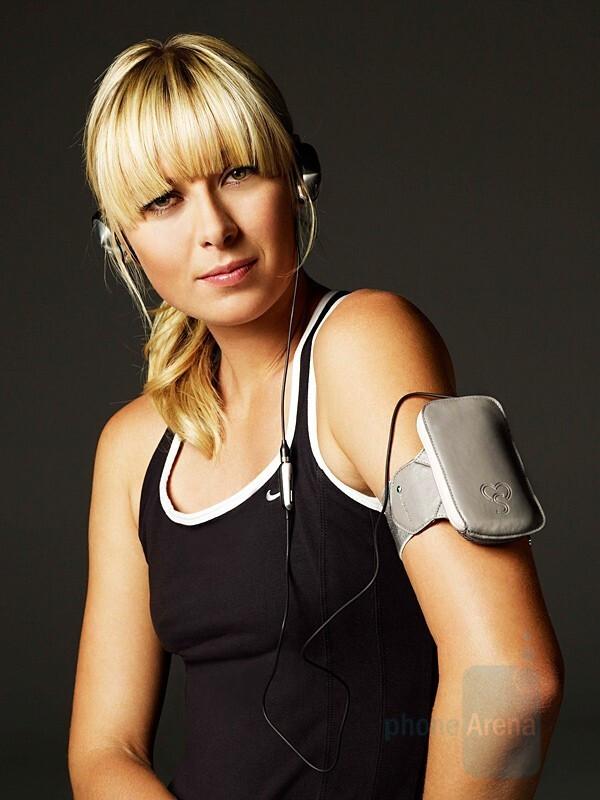 IDC-32 - Maria Sharapova and Sony Ericsson introduced accessories line