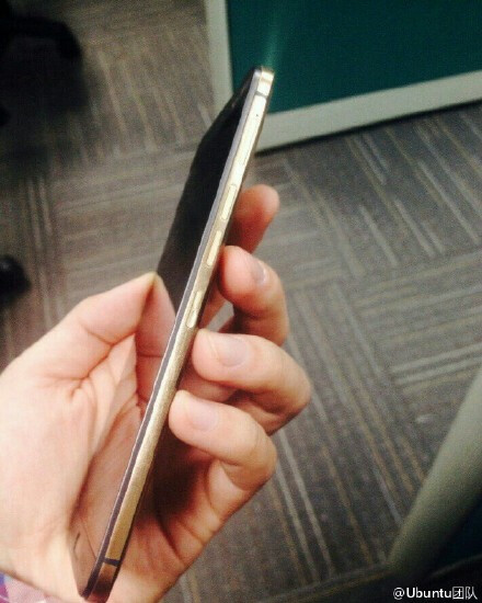 New photos that allegedly show the silver/gold One M9 Plus (images showing the black version are also included)