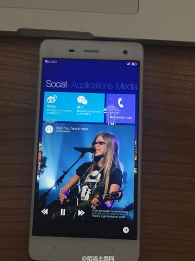 Images of the Xiaomi Mi 4 running Windows