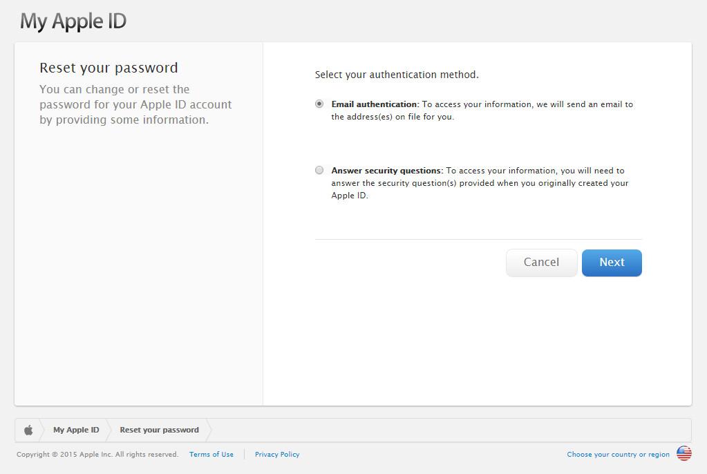 Per reimpostare la password, è necessario autenticarsi con Apple. Scegli tra 'autenticazione email', oppure selezionare 'Rispondere alle domande segrete'.