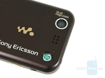 Sony Ericsson W890 - Mono and Stereo speakers