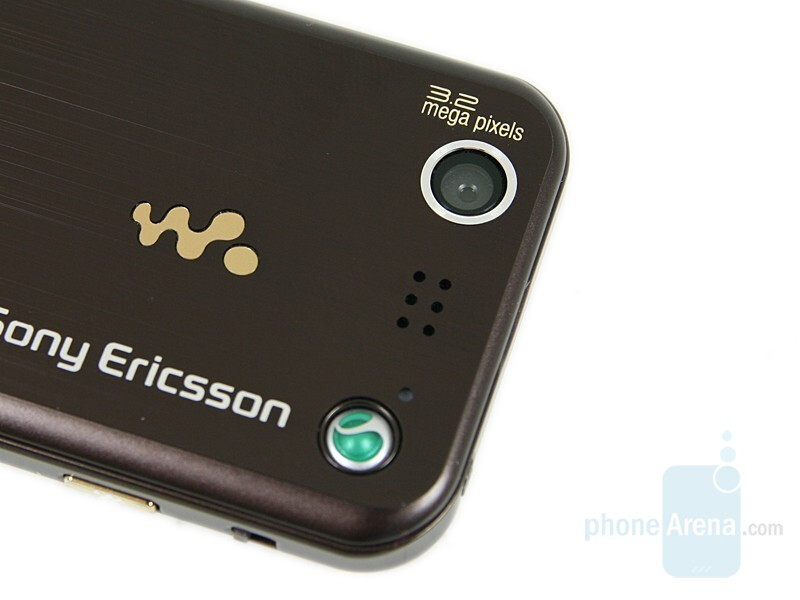 Sony Ericsson W890 - Mono and Stereo speakers - Music phone buying guide for dummies