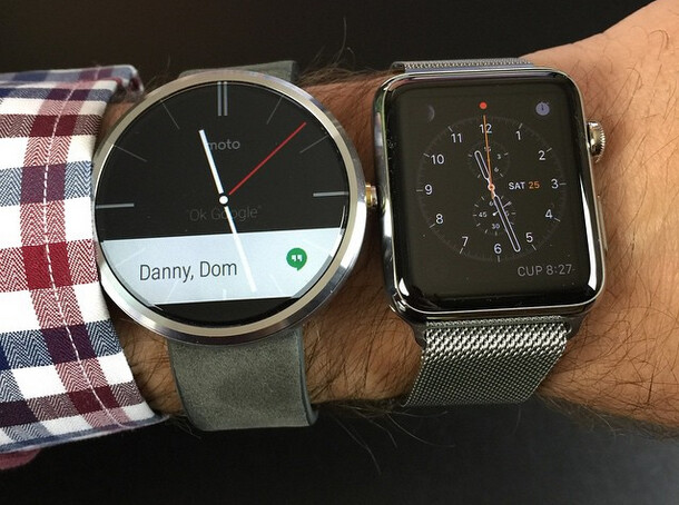 This could be the reason for the scratches on the first image - Apple Watch owners are complaining about scratches on their new pride and joy (UPDATE)