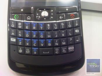 First photos of the Motorola Q11 smartphone