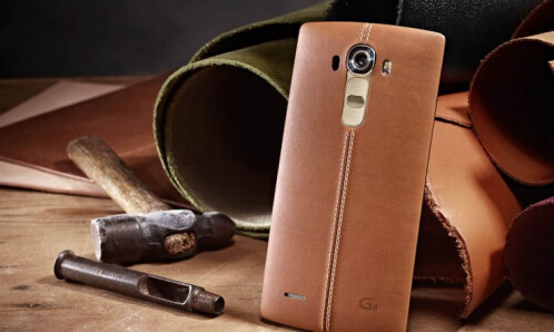 LG G4 in brown leather