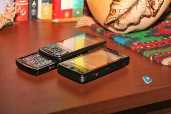 Samsung PIXON M8800 – 8MP touchscreen phone