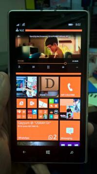 Multi-window-on-Windows-Phone-8.1-Lumia-930-2