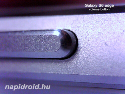 Galaxy S6 edge under the microscope