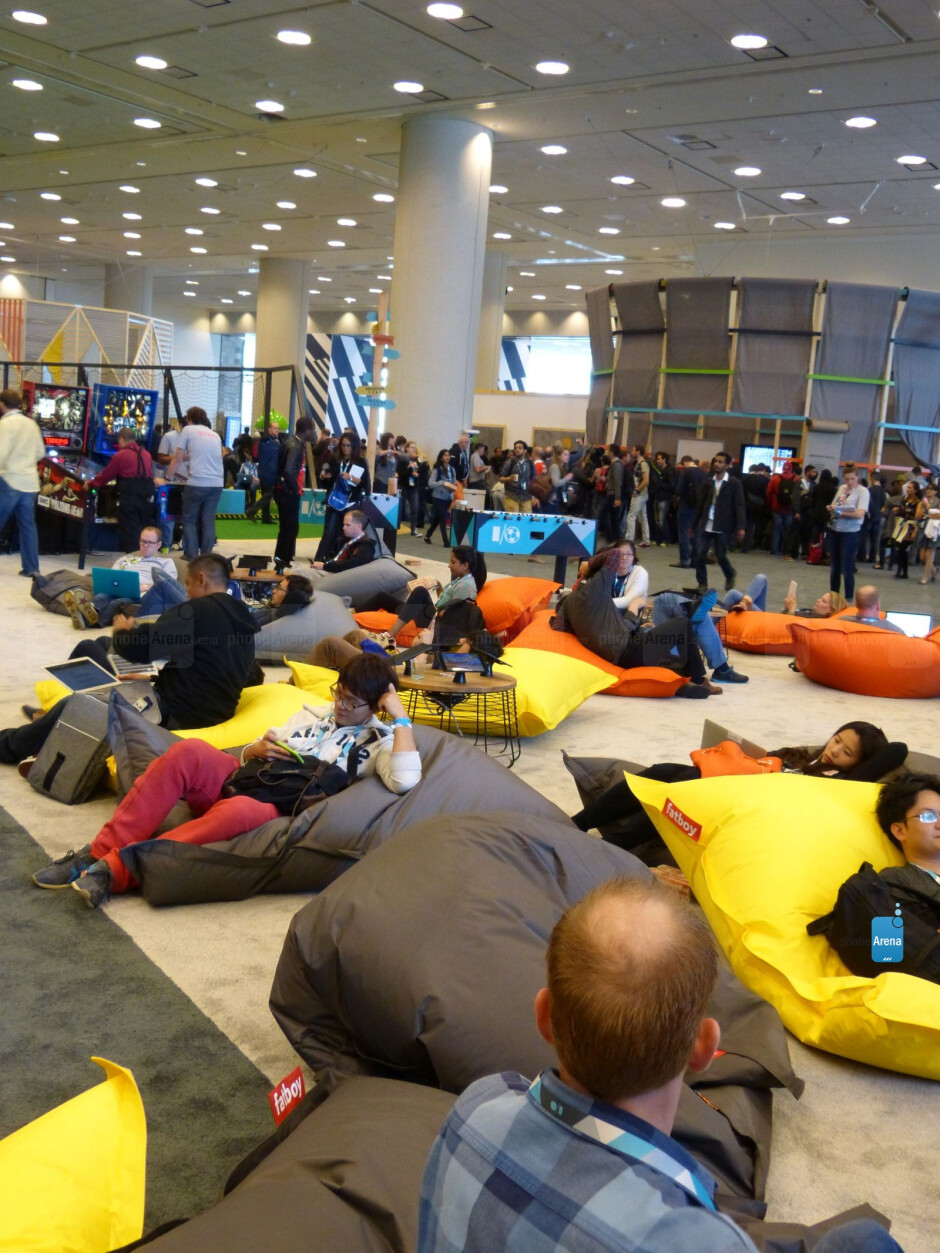 Google I/O day 1 recap and pictures from around the conference