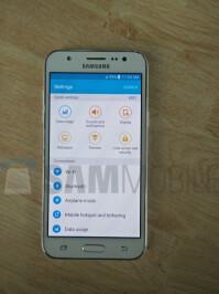 Samsung-Galaxy-J5-SM-J500-06.jpg