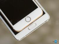 Samsung-Galaxy-Note-4-vs-Apple-iPhone-6-08.jpg