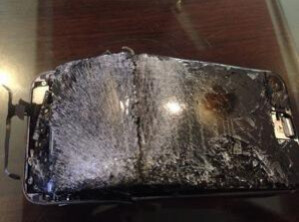 Apple iPhone 6 turns into a hand granade